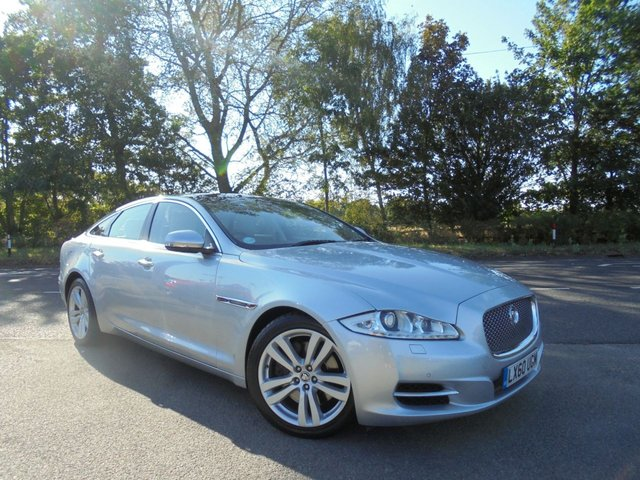 View our JAGUAR XJ 3.0