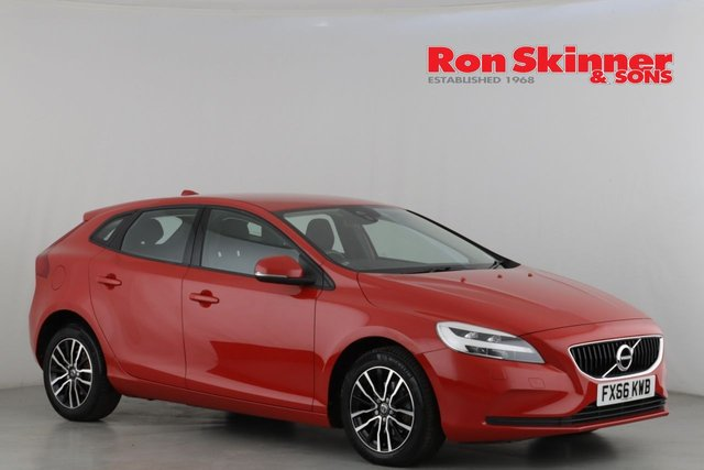 View our 2016 66 VOLVO V40 2.0 D2 MOMENTUM 5d 118 BHP