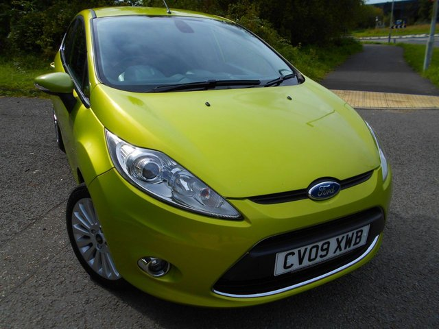 2009 09 FORD FIESTA 1.4 TITANIUM 5d 96 BHP ** TITANIUM EDITION, VOICE CONTROL, CRUISE CONTROL, PRIVACY GLASS, ALLOYS, YES ONLY 67K, OUTSTANDING VEHICLE THROUGHOUT **