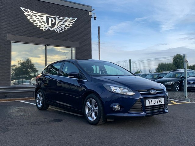 USED 2013 13 FORD FOCUS 1.0 ZETEC 5d 124 BHP AA WARRANTY,  MOT AND SERVICE INCLUDED