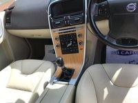USED 2009 09 VOLVO XC60 2.4 D SE LUX AWD 5d 163 BHP CREAM LEATHER INTERIOR: