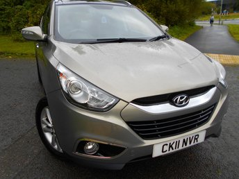 2011 HYUNDAI IX35 2.0 PREMIUM CRDI 4WD 5d 134 BHP **DIESEL,  ONE PREVIOUS OWNER, 4 WHEEL DRIVE, TWIN SUNROOFS, HEATED HALF LEATHER , 6 SPEED,  YES ONLY 52K, SUPERB VEHICLE ** £6995.00