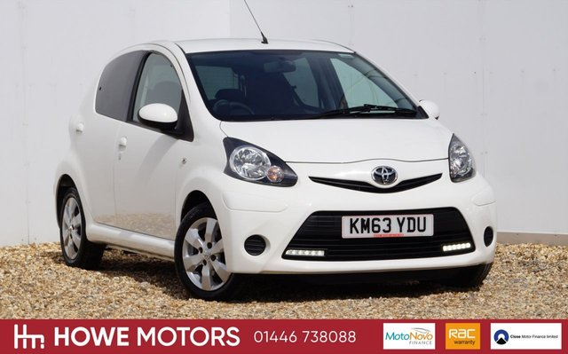 2013 63 TOYOTA AYGO 1.0 VVT-I MOVE WITH STYLE MM 5d AUTO 68 BHP NAVIGATION BLUETOOTH ALLOY WHEELS ICE-COLD AIRCON