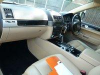 USED 2009 59 VOLKSWAGEN TOUAREG 2.5 TDI DPF 5d AUTO 172 BHP FULL SRV HISTORY, LOVELY INTERIOR