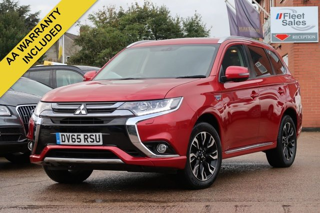 USED 2015 65 MITSUBISHI OUTLANDER 2.0 PHEV GX 4H 5d AUTO 161 BHP AUTOMATIC HYBRID, 360 DEGREE PARKING CAMERA + SAT NAV