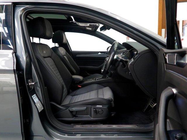VOLKSWAGEN PASSAT at WR Car Sales
