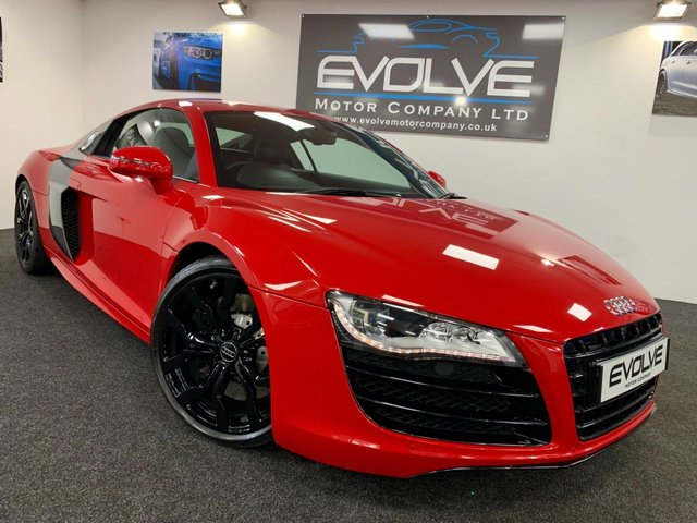 USED 2012 12 AUDI R8 5.2 V10 QUATTRO 2d AUTO 518 BHP F/S/H, IMMACULATE, HUGE SPEC!!