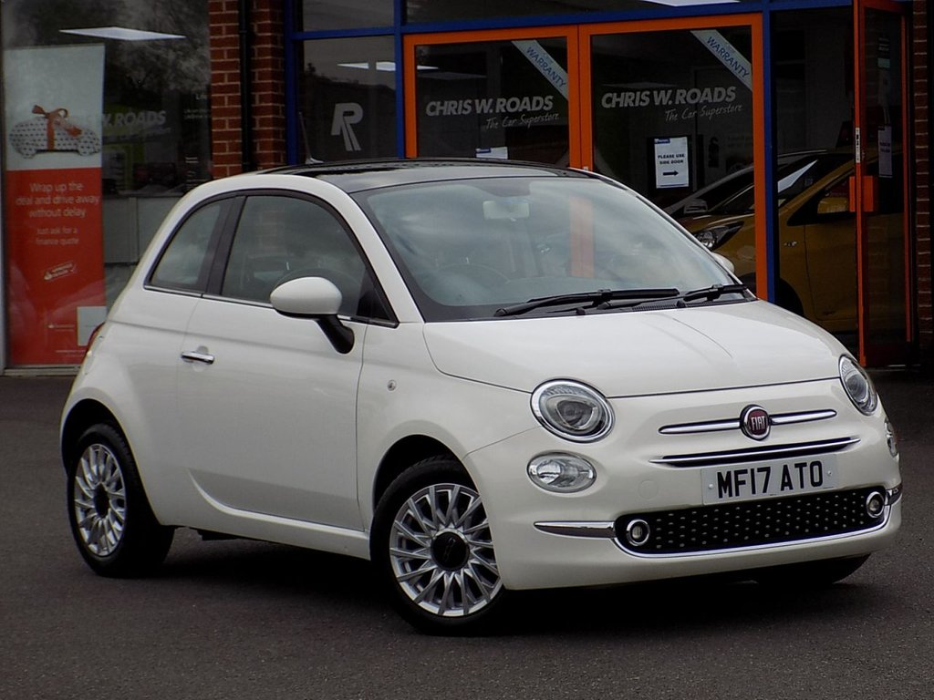 USED 2017 17 FIAT 500 1.2 Lounge 3dr **Pan Roof + Rear PDC**