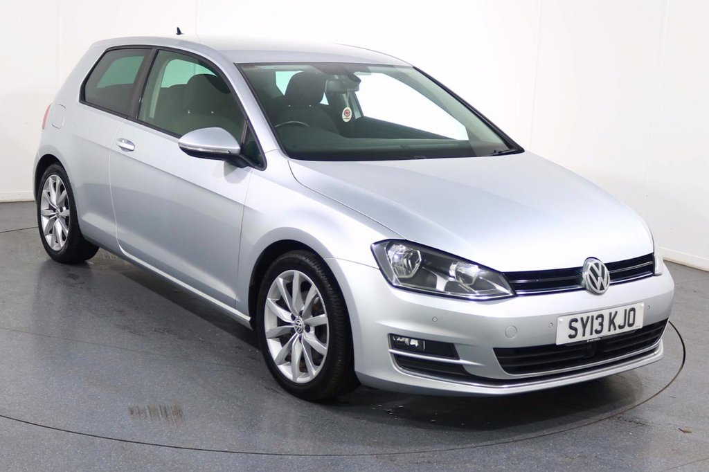 USED 2013 13 VOLKSWAGEN GOLF 2.0 GT TDI BLUEMOTION TECHNOLOGY 3d 148 BHP 2 OWNERS with FULL SERVICE HISTORY