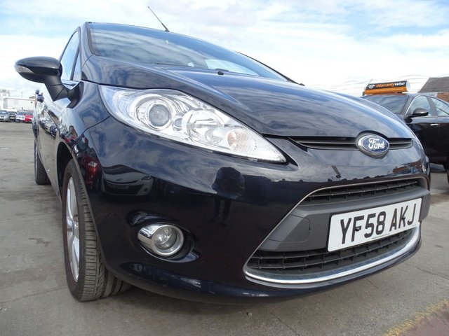 USED 2008 58 FORD FIESTA 1.2 ZETEC 5d LOW MILES CHEAP INSURANCE