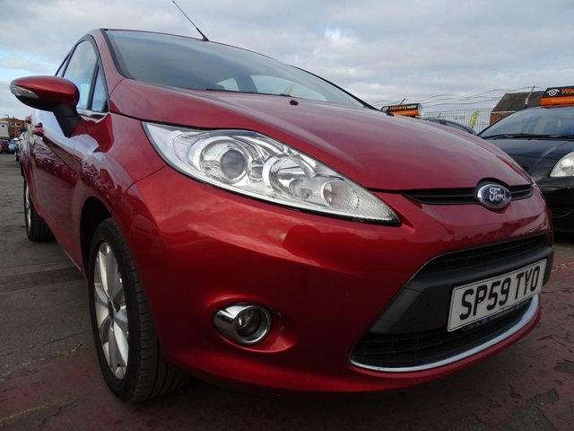 USED 2009 59 FORD FIESTA 1.2 ZETEC 5d GREAT FIRST CAR LOW MILES