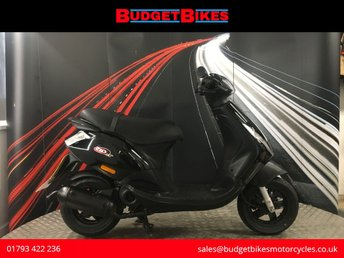 View our PIAGGIO ZIP