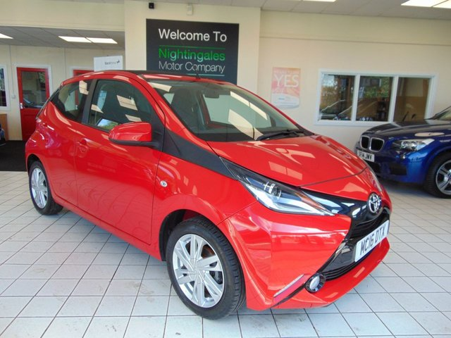 "USED 2016 16 TOYOTA AYGO 1.0 VVT-I X-PRESSION 5d 69 BHP FULL SERVICE HISTORY + JULY 2020 MOT + ELECTIC SLIDING SUNROOF + CRUISE CONTROL + BLUETOOTH + DAB RADIO + 7"" TOUCH SCREEN + ELECRIC WINDOWS + CEBTRAL LOCKING + USB CONNECTION + REAR SPOILER"