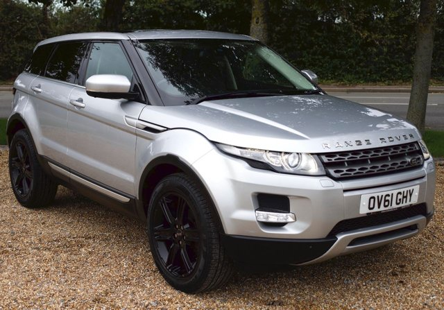 2011 61 LAND ROVER RANGE ROVER EVOQUE 2.2 SD4 Prestige Lux AWD 5dr AUTOMATIC/ SAT NAV/ PANORAMIC ROOF// TV/ HEATED SEATS