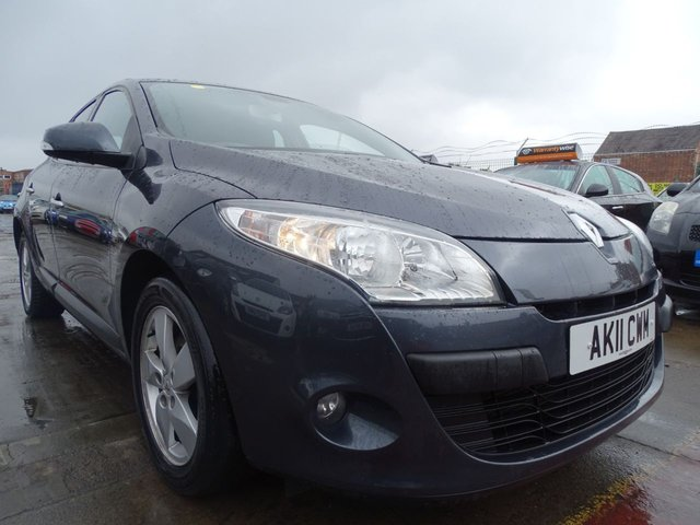 USED 2011 11 RENAULT MEGANE 1.5 DYNAMIQUE TOMTOM DCI ECO 5d 110 BHP
