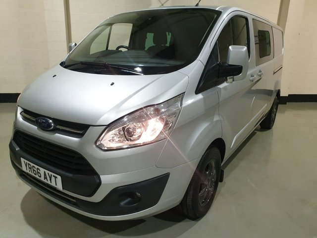 USED 2016 66 FORD TRANSIT CUSTOM 2.0 310 LIMITED LR P/V 1d 129 BHP KOMBI VAN SWB CREW CAB/ 1 Owner/ Rear Park Sensors/ Heated Seats