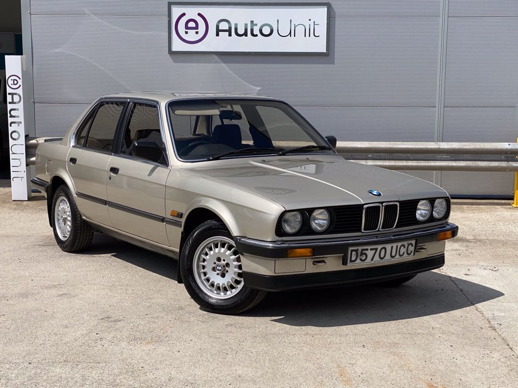 USED 1986 BMW 3 SERIES 318I 4 door Saloon E30  1 FORMER OWNER | HUGE BMW SERVICE HISTORY | ONLY 41K