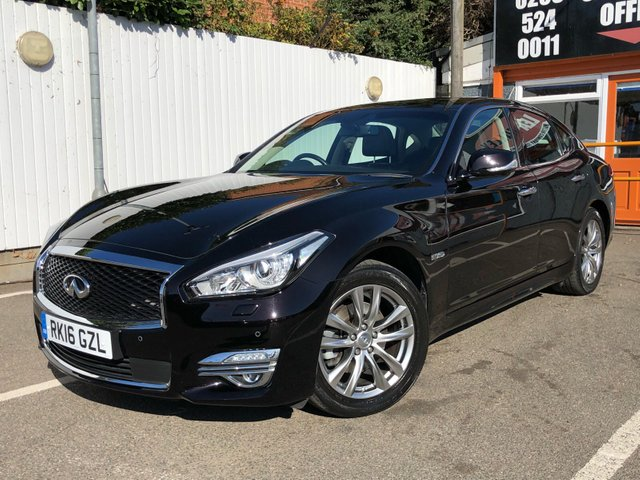 View our INFINITI Q70