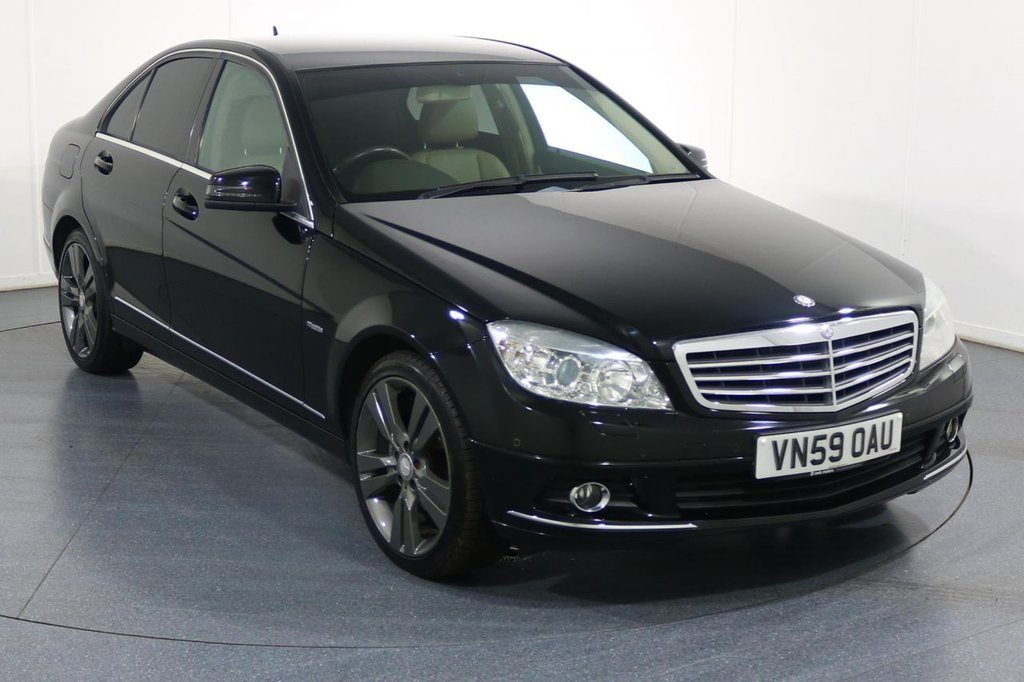 USED 2009 59 MERCEDES-BENZ C CLASS 2.1 C250 CDI BLUEEFFICIENCY ELEGANCE 4d 204 BHP 6 Stamp SERVICE HISTORY