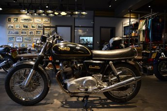 View our NORTON COMMANDO