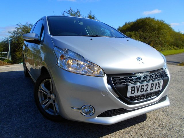 2012 62 PEUGEOT 208 1.2 ACTIVE 3d 82 BHP ** LOW INSURANCE,  £20 ROAD TAX, TOUCH SCREEN WITH SATNAV, BLUETOOTH, GREAT VALUE ONLY £3895 !!! **