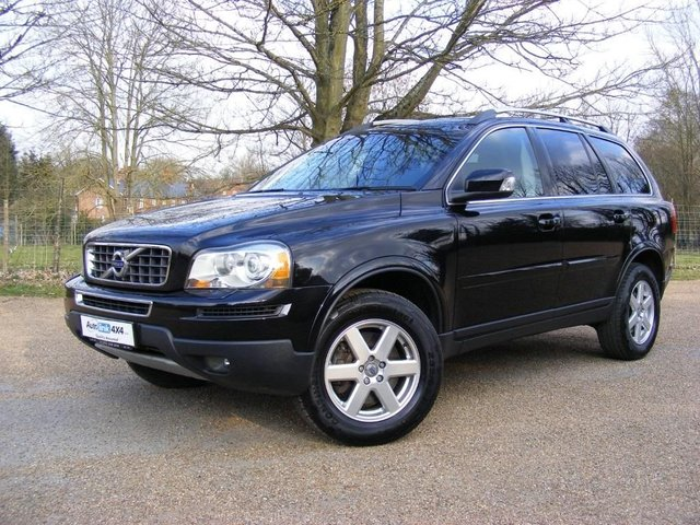 2010 10 VOLVO XC90 3.2 AWD SE Lux Estate 5d 3192cc Geartronic