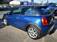 USED 2016 16 MINI HATCH COOPER 1.5 COOPER D 3d 114 BHP, only 8000 miles ***APPROVED DEALER FOR CAR FINANCE247 AND ZUT0  ***