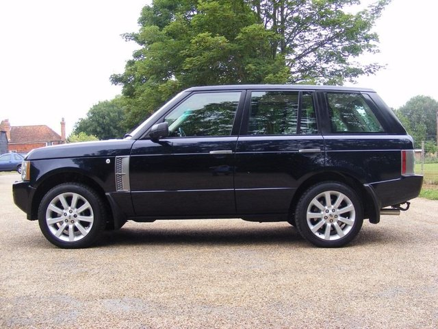 2005 LAND ROVER RANGE ROVER 4.2 V8 Supercharged Vogue SE Station Wagon 5d 4196cc auto