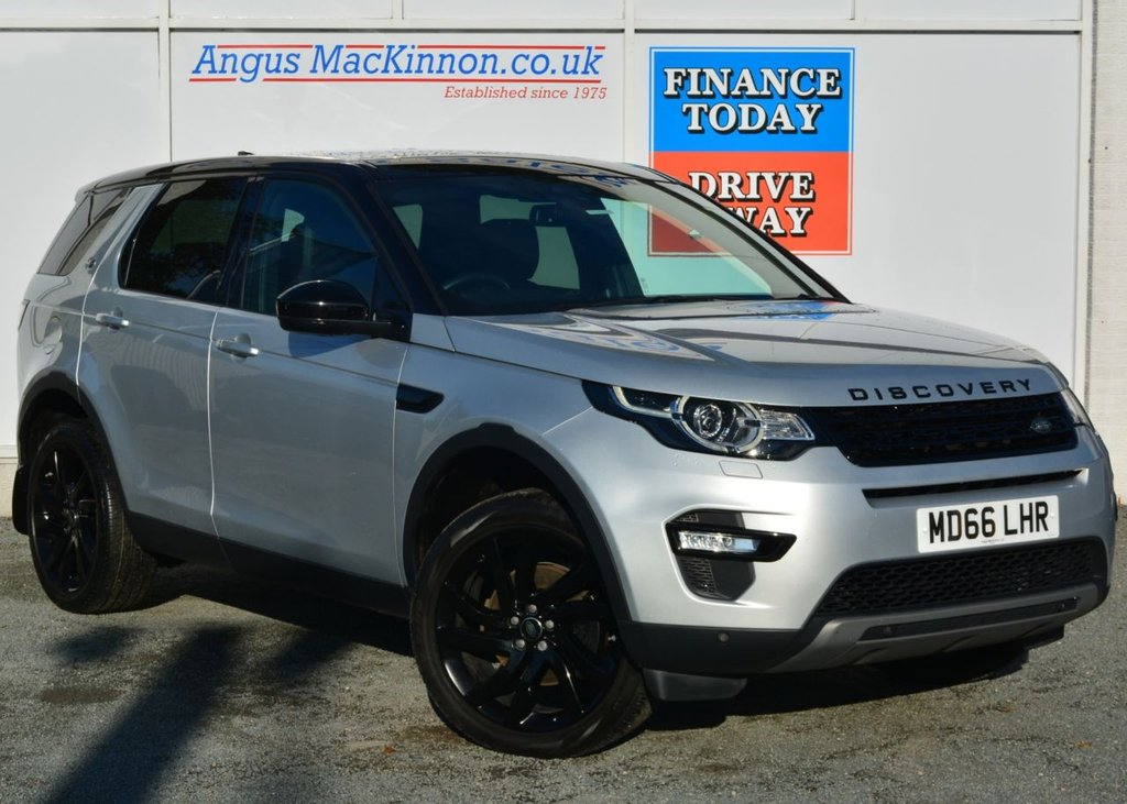 USED 2017 66 LAND ROVER DISCOVERY SPORT 2.0 TD4 HSE BLACK 5d Family 7 Seat 4x4 AUTO with Massive High Spec inc Sat Nav Panoramic Glass Roof Heated Leather Seats Black Pack Black Alloys Black Roof Recent Service MOT and Ready to Finance and Drive Away Today STUNNING IN INDUS SILVER