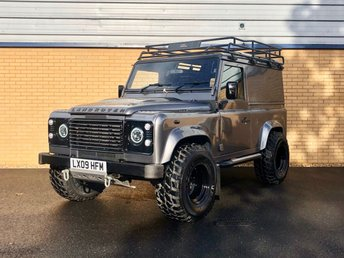 2009 LAND ROVER DEFENDER 90 // 2.4L // COUNTY HARD TOP // 2d // 122 BHP // px swap £19990.00