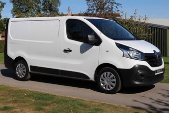 2015 RENAULT TRAFIC 1.6 SL27 BUSINESS DCI S/R P/V 1d 115 BHP