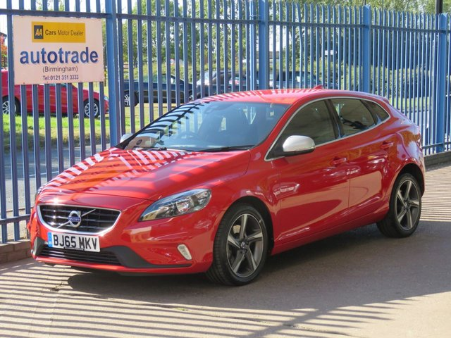 USED 2015 65 VOLVO V40 2.0 T2 R-DESIGN 5dr Cruise 1/2 Leather Alloys