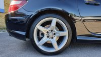 USED 2012 12 MERCEDES-BENZ SLK 1.8 SLK200 BLUEEFFICIENCY AMG SPORT 2d AUTO 184 BHP
