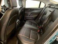 USED 2015 65 JAGUAR XE 2.0 PRESTIGE 4d 178 BHP