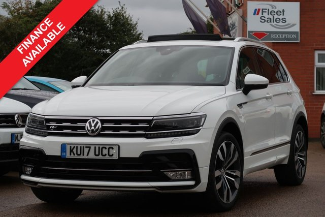 USED 2017 17 VOLKSWAGEN TIGUAN 2.0 R-LINE TDI BMT 4MOTION 5d 148 BHP PANORAMIC ROOF, NAVIGATION + MANUFACTURERS WARRANTY