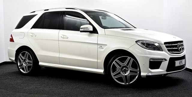 USED 2014 64 MERCEDES-BENZ M CLASS 5.5 ML63 AMG Speedshift Plus 7G-Tronic 5dr £86k New, Pan Roof, COMAND Nav