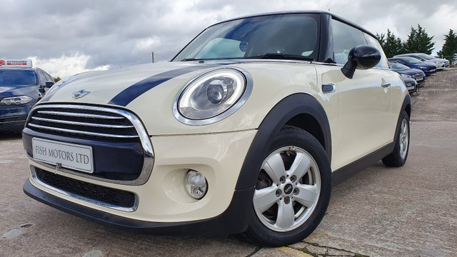USED 2015 15 MINI HATCH COOPER 1.5 COOPER 3d 134 BHP 2KEYS+20 ROAD TAX+HEATED SEAT+NAV+ALLOYS+PARK+PEPPER PACK+CLIMATE