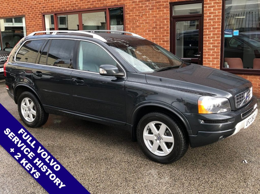 "USED 2014 14 VOLVO XC90 2.4 D5 ES AWD 5DOOR AUTO 200 BHP Family 7-Seater   :   AUX Socket   :   Cruise Control   :   Phone Bluetooth Connectivity      Climate Control / Air Conditioning   :   Heated Front Seats   :   Full Black Leather Upholstery      Rear Parking Sensors   :   17"" Alloy Wheels   :   2 Keys   :   Full Volvo Service History"