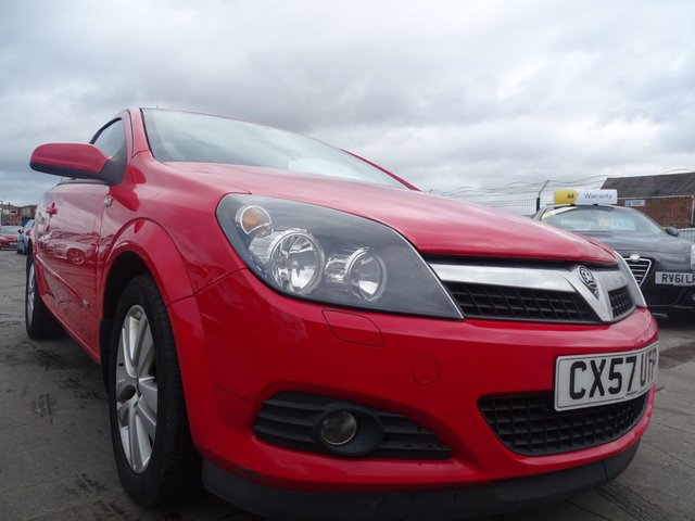USED 2007 57 VAUXHALL ASTRA 1.6 SXI 3d 115 BHP LOW INSURANCE AND TAX