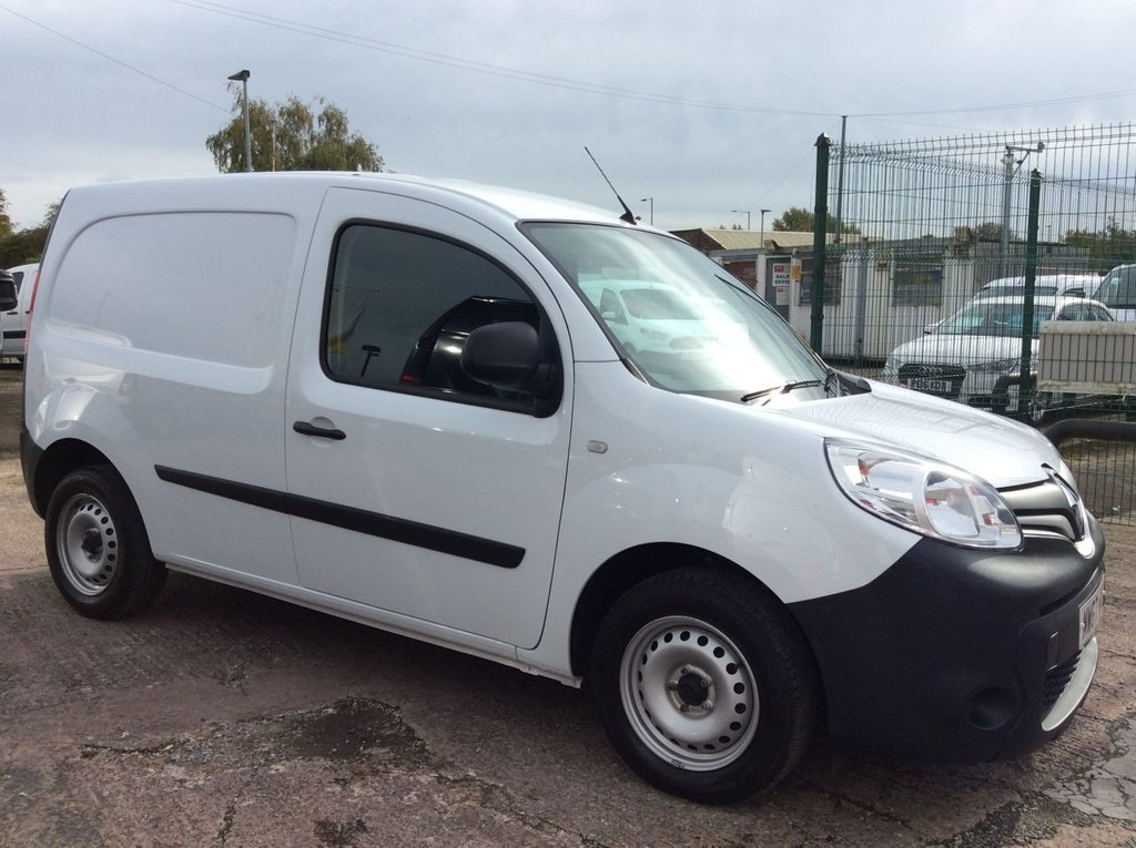 USED 2018 67 RENAULT KANGOO 1.5 ML19 BUSINESS ENERGY DCI 90 BHP EURO 6 1 OWNER FSH MANUFACTURERS WARRANTY EURO 6 ELECTRIC WINDOWS AND MIRRORS BLUETOOTH REAR STORAGE SYSTEM