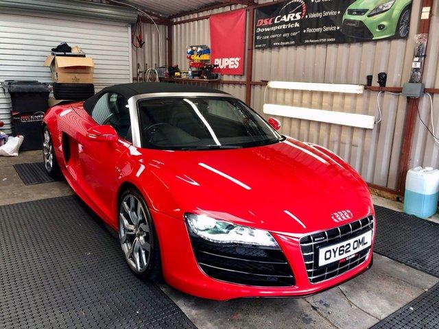 2012 Y AUDI R8 5.2 SPYDER V10 QUATTRO 2d AUTO 518 BHP