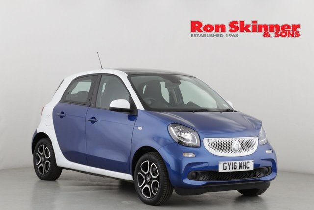 View our 2016 16 SMART FORFOUR 0.9 PRIME PREMIUM T 5d AUTO 90 BHP with White Roof