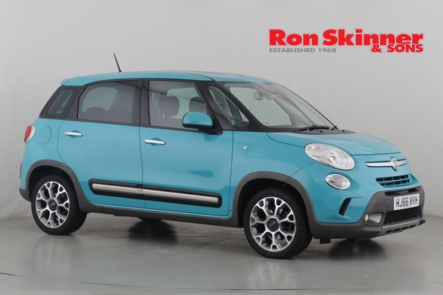 View our 2016 66 FIAT 500L 1.4 TREKKING 5d 95 BHP