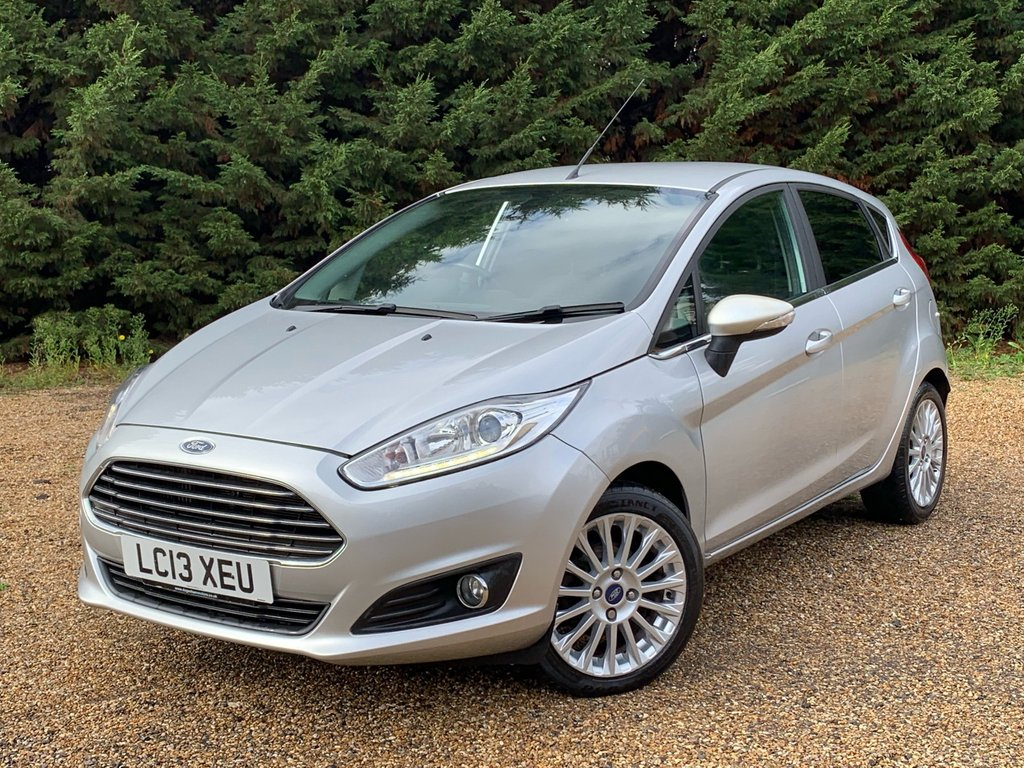 USED 2013 13 FORD FIESTA FORD FIESTA 1.0 TITANIUM 5 DOOR HATCHBACK