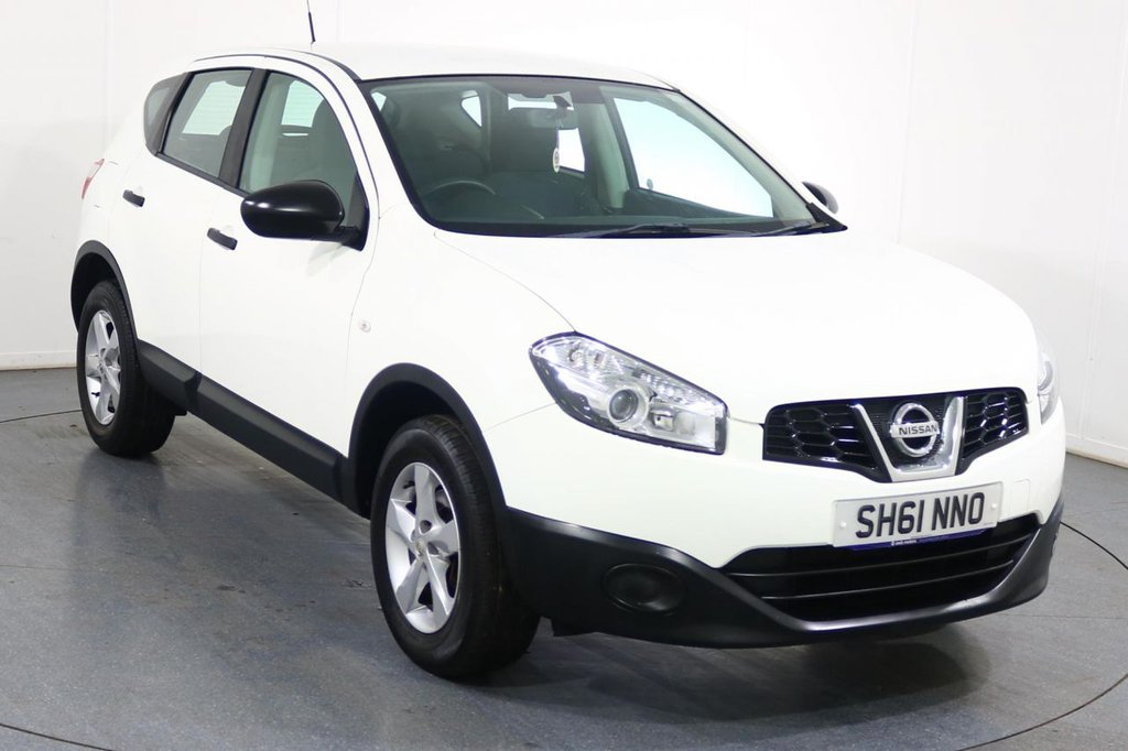 USED 2011 61 NISSAN QASHQAI 1.6 VISIA 5d 117 BHP ONE FAMILY OWNED with 6 Stamp SERVICE HISTORY