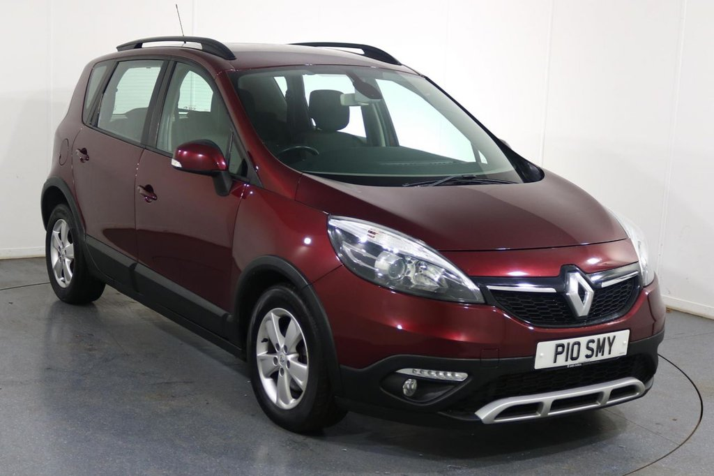 USED 2013 63 RENAULT SCENIC 1.5 XMOD DYNAMIQUE TOMTOM ENERGY DCI S/S 5d 110 BHP 6 Stamp SERVICE HISTORY
