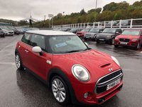 USED 2016 66 MINI HATCH COOPER 2.0 COOPER SD 3d AUTO 168 BHP Blazing Red Metallic with White Roof & mirrors, automatic diesel with low miles
