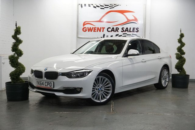 USED 2014 64 BMW 3 SERIES 2.0 320D LUXURY 4d 184 BHP IN WHITE FULL HEATED LEATHER , NAV , BLUETOOTH GREAT DRIVE