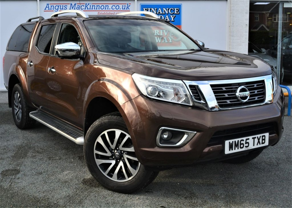 USED 2016 65 NISSAN NP300 NAVARA 2.3 DCI TEKNA 4X4 5 seat Lifestyle Double Cab Pickup AUTO in a Stunning Rare Colour NO VAT TO PAY SO SAVE 20% with Massive High Spec inc Rear Canopy Rear Towbar Load Liner Sunroof Sat Nav DAB Radio Bluetooth Heated Leather Seats Rear Camera and Full Nissan Service History THE PERFECT PICK UP