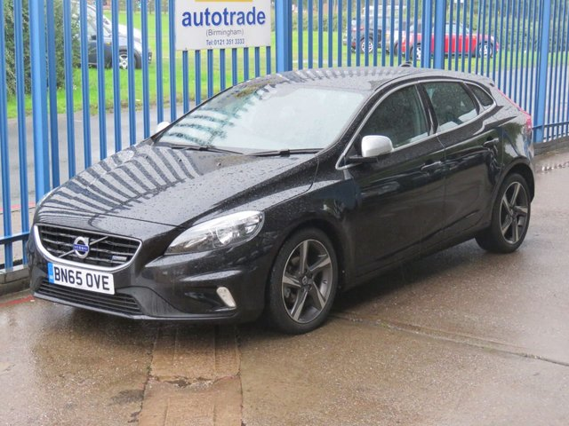 USED 2015 65 VOLVO V40 1.6 D2 R-DESIGN 5dr 1/2 Leather DAB Cruise Alloys Mega Low running costs